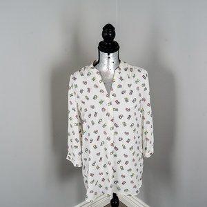 NWOT graphic Camera shirt - Medium